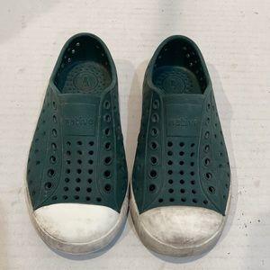 Native Shoes Dark Green / White Jefferson C9
